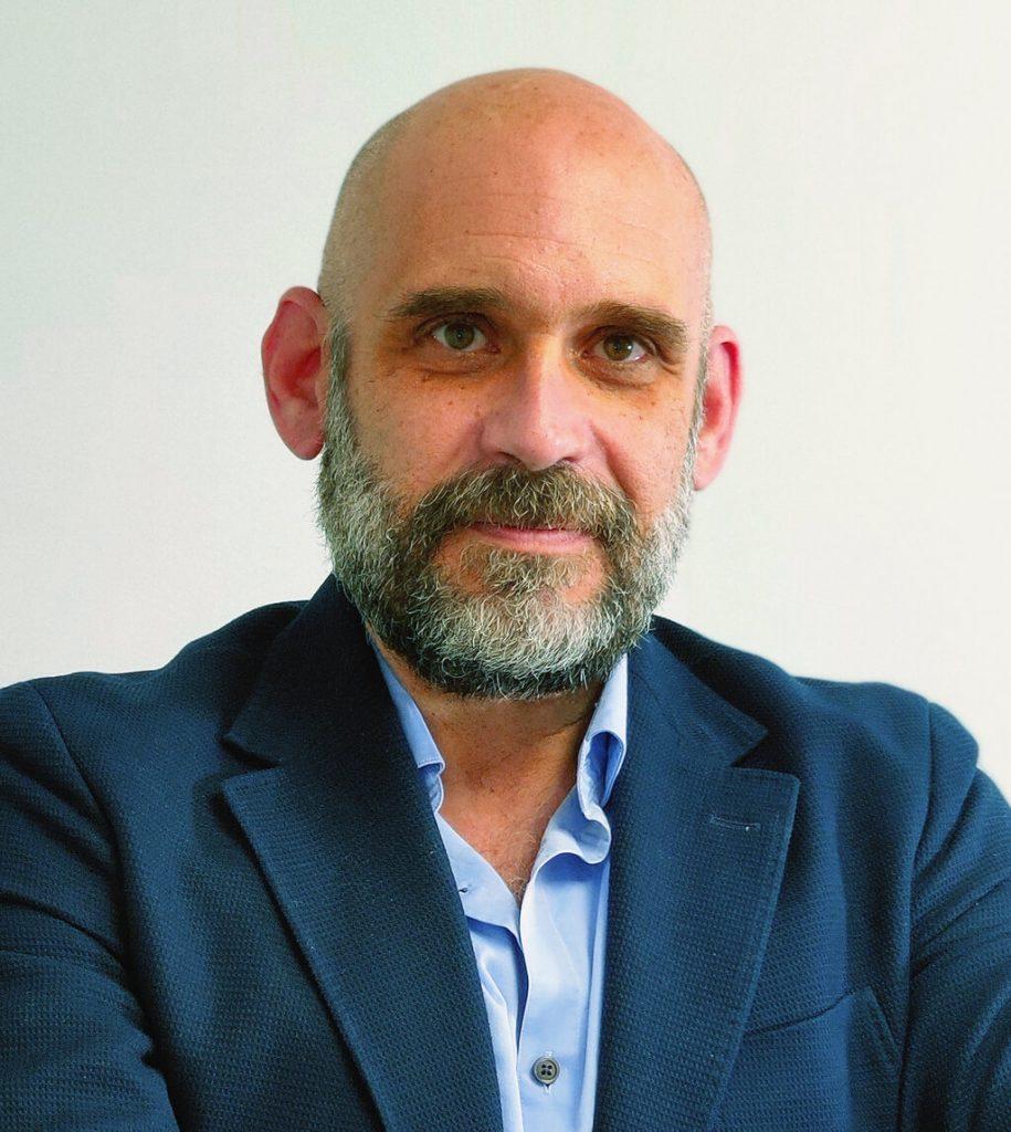 Dr. Antonio López Useros-cirugiacantabria.es